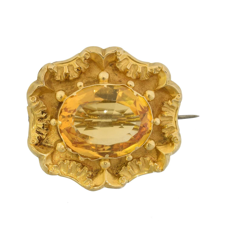 Lot 9 - A Victorian citrine brooch