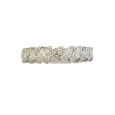 Lot 85 - A diamond eternity ring