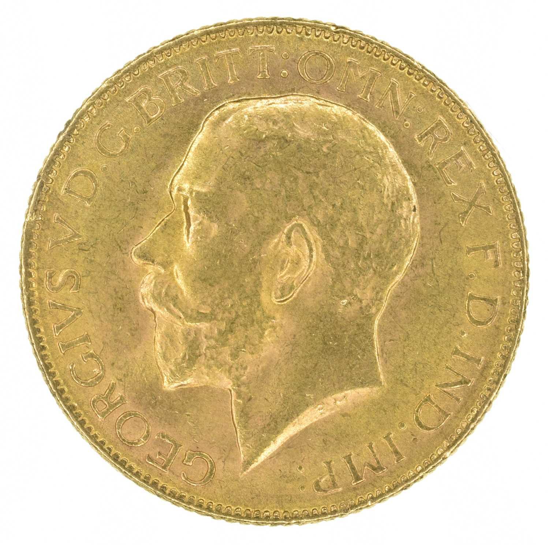 Lot 59 - King George V, Sovereign, 1918, Bombay Mint, India.