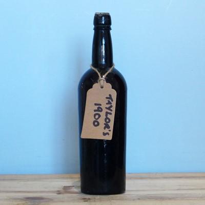 Lot 23 - 1 Bottle Taylor's Vintage Port 1900 (b/n)