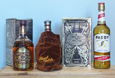 Lot 35 - 3 Bottles Mixed Lot Deluxe Scotch Whisky and Irish Whiskey
