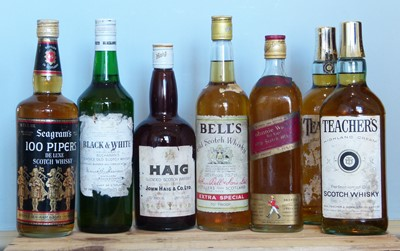 Lot 33 - 7 Bottles Mixed Lot 1960's/70's Proprietary Whisky