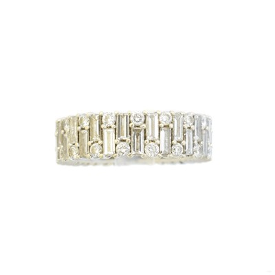 Lot 97 - A diamond eternity ring