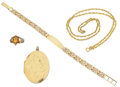 Lot 32 - A selection of jewellery