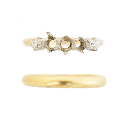 Lot 21 - Two rings