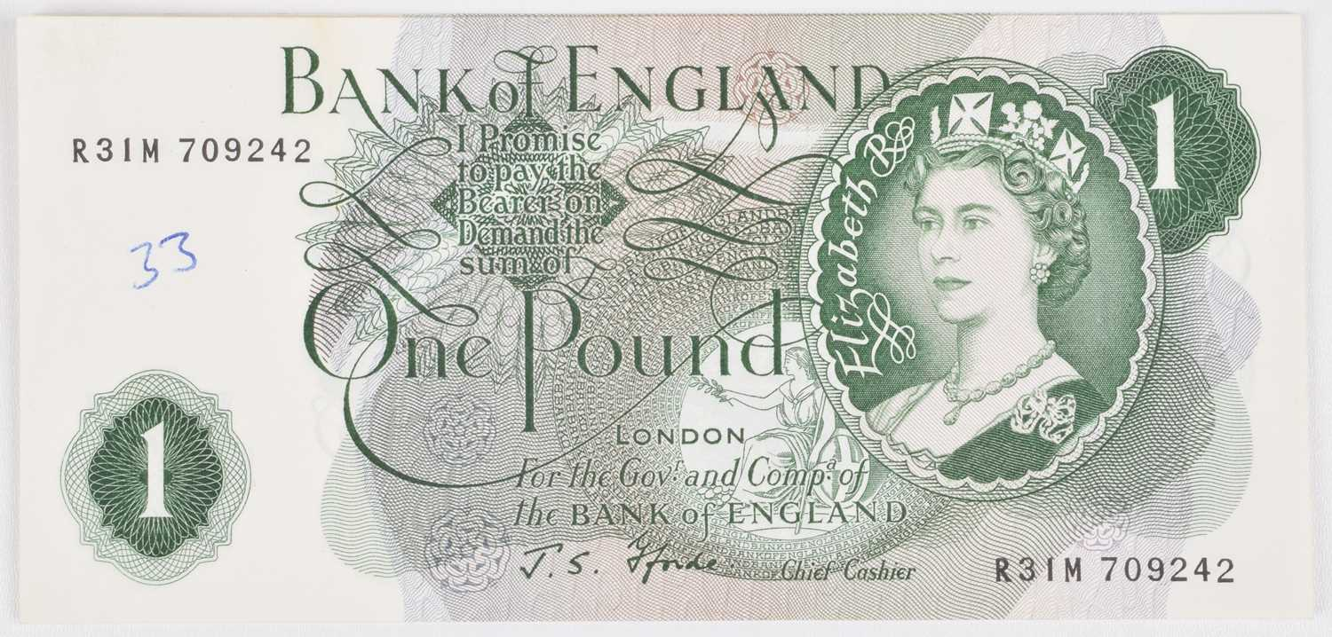 Lot 65 - Nine Bank of England consecutive One Pound banknotes, J.S. Fforde, UNC.