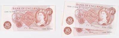 Lot 79 - Twenty-four Bank of England Ten Shillings banknotes, J.S. Fforde.