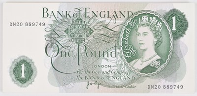 Lot 80 - Thirty-five Bank of England consecutive One Pound banknotes, J.B. Page, UNC.