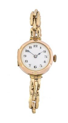 Lot 94 - An early 20th century 9ct gold cased watch