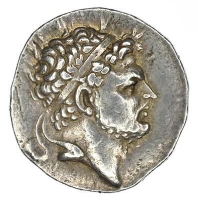 Lot 3 - Kingdom of Macedon, Perseus AR Tetradrachm.