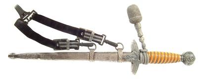 Lot 95 - German WWII Third Reich Luftwaffe officer's dagger