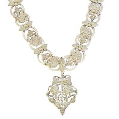 Lot 78 - A late Victorian white metal chain