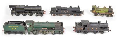 Lot 21 - Collection of five O Gauge locomotives