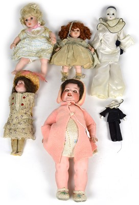 Lot 140 - Collection of six mixed dolls