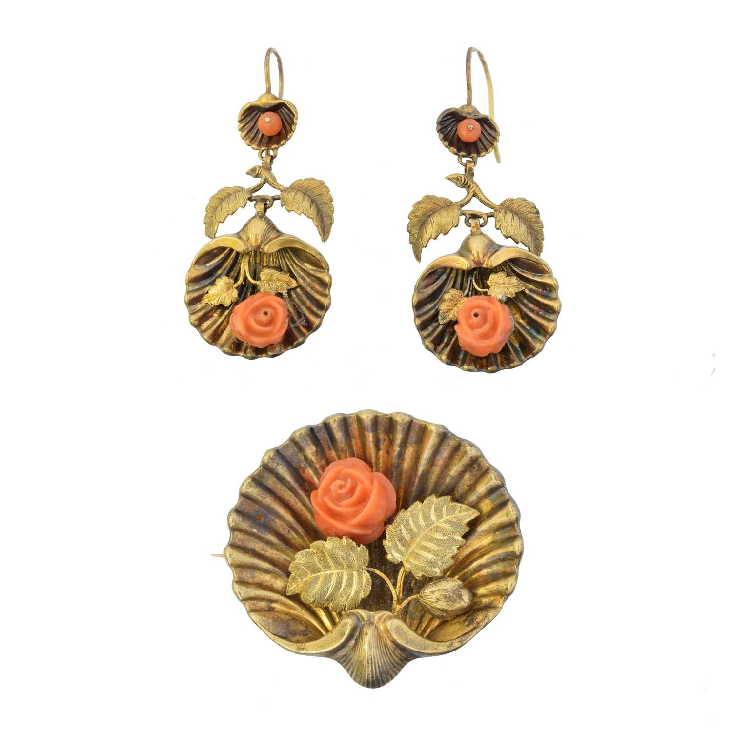 Lot 25 - A coral suite of jewellery