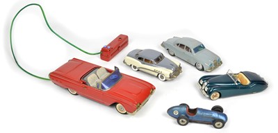 Lot 63 - A selection of tinplate cars