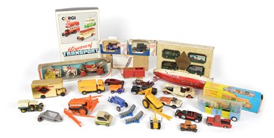 Lot 99 - Group lot of diecast vehicles