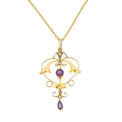 Lot 70 - An early 20th century amethyst and split pearl pendant
