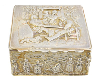 Lot 149 - An Edward VII silver gilt trinket box