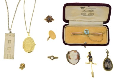 Lot 83 - A selection of jewellery
