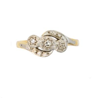 Lot 53 - A diamond three stone ring