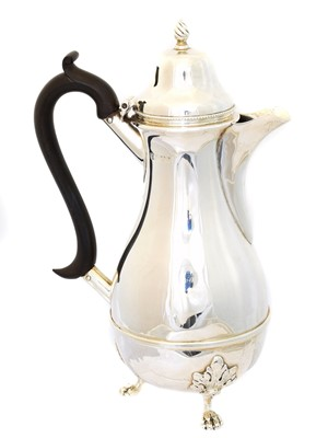 Lot 178 - An Edward VII silver hot water pot