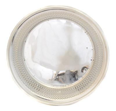 Lot 183 - An Edward VII silver dish