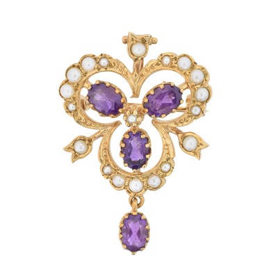 Lot 11 - A 9ct gold amethyst and split pearl brooch