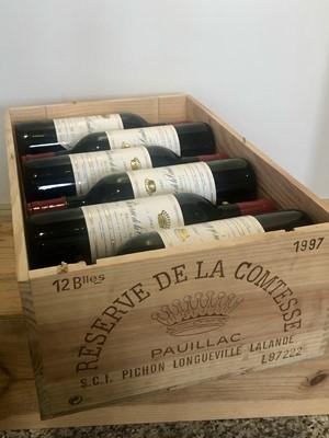 Lot 11 - 12 bottles Reserve De La Comtesse Pauillac 1997
