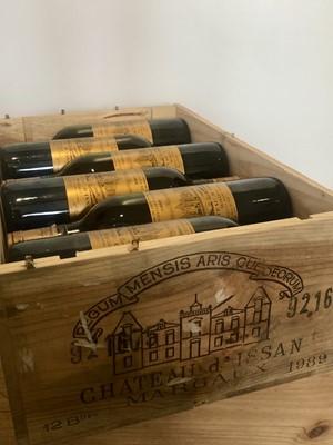 Lot 26 - 12 bottles Chateau d'Issan Grand Cru Classse Margaux 1989