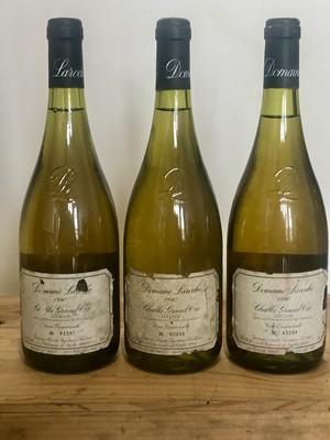 Lot 51 - 3 Bottles Chablis Grand Cru 'Les Clos' Domaine Laroche Vintage 1990