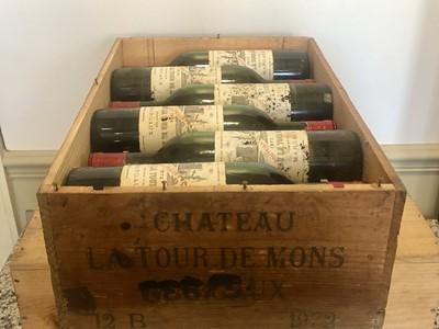 Lot 32 - 12 Bottles Chateau La Tour de Mons Cru Bourgeois Margaux 1972