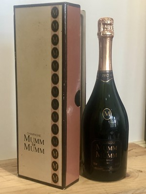 Lot 68 - 1 Bottle Fine Champagne Mumm de Mumm Vintage 1982
