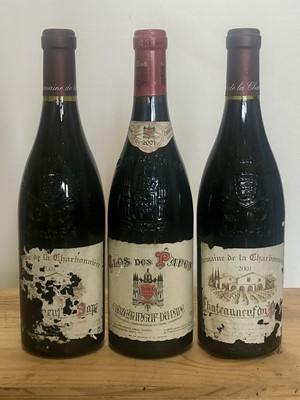 Lot 54 - 3 Bottles mixed Lot Fine 2001 Chateauneuf du Pape