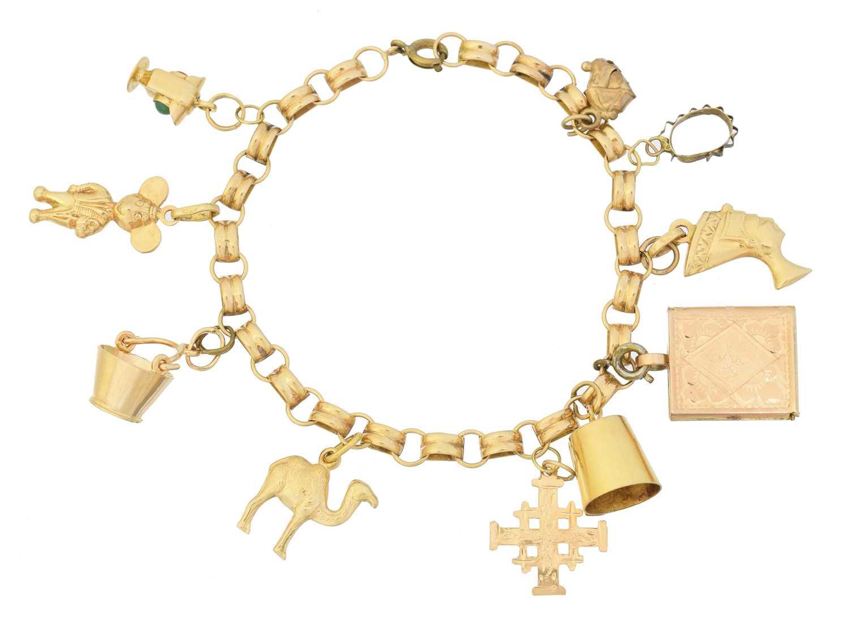 Lot 23 - A charm bracelet