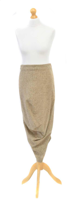 Lot 6 - An Alexander McQueen skirt