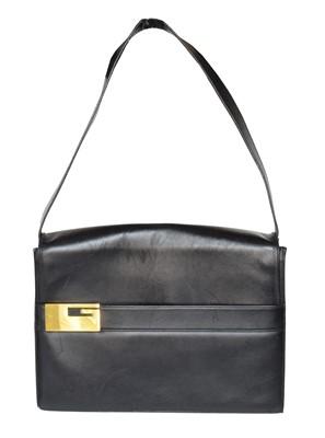 Lot 30 - A Gucci vintage shoulder bag