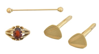 Lot 78 - A selection of 9ct gold jewellery