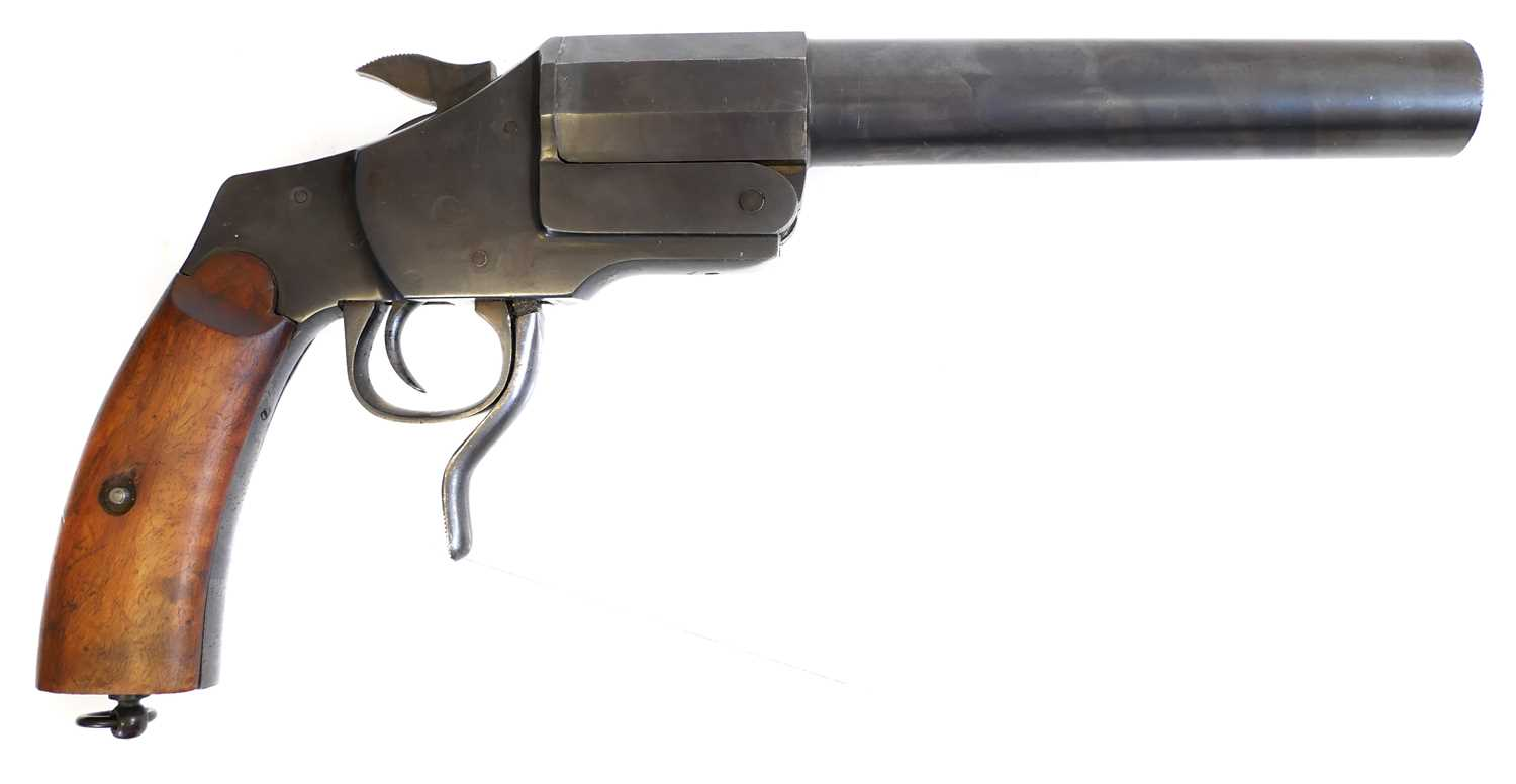 Lot 27mm German Hebel pattern signal pistol, No. 1628, Made by Francotte of Liege, post 1924.