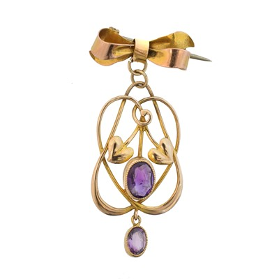 Lot 57 - An early 20th century 9ct gold amethyst pendant by Murrle Bennett & Co.