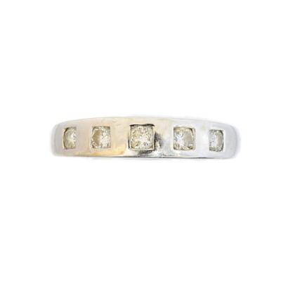 Lot 108 - An 18ct gold diamond five stone ring