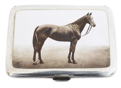 Lot 143 - A George V silver enamel cigarette case