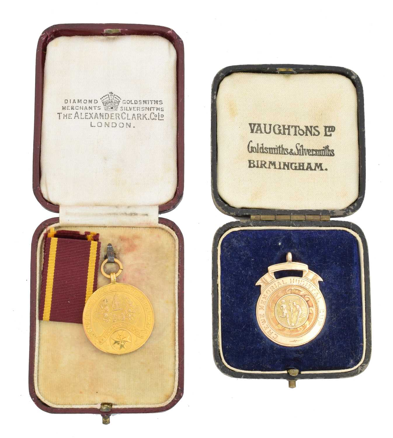 Lot 32 - Two early 20th century 9ct gold medallions