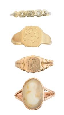 Lot 68 - Four dress rings
