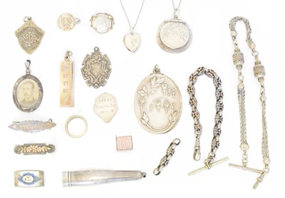 Lot 91 - A selection of silver and white metal items