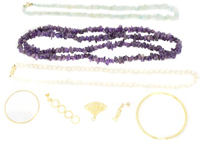 Lot 85 - A selection of jewellery