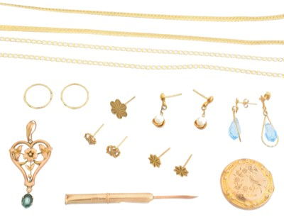 Lot 82 - A selection of jewellery