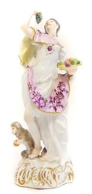 Lot 228 - Meissen porcelain figure