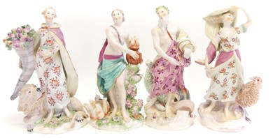 Lot 224 - Composed set of Chelsea gold anchor figures