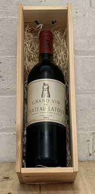 Lot 59 - 1 Bottle Chateau Latour Premier Grand Cru Classe Pauillac 1983 (b/n)